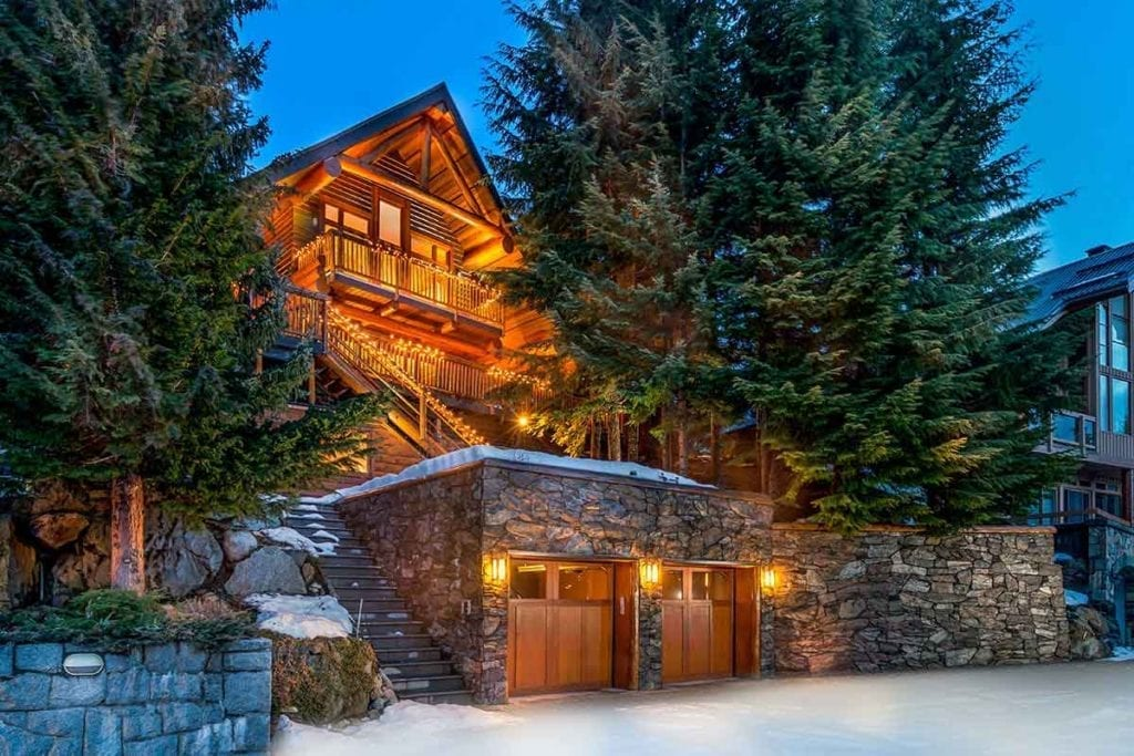 Property collection whistler luxury chalets villas for Whistler cabin rentals