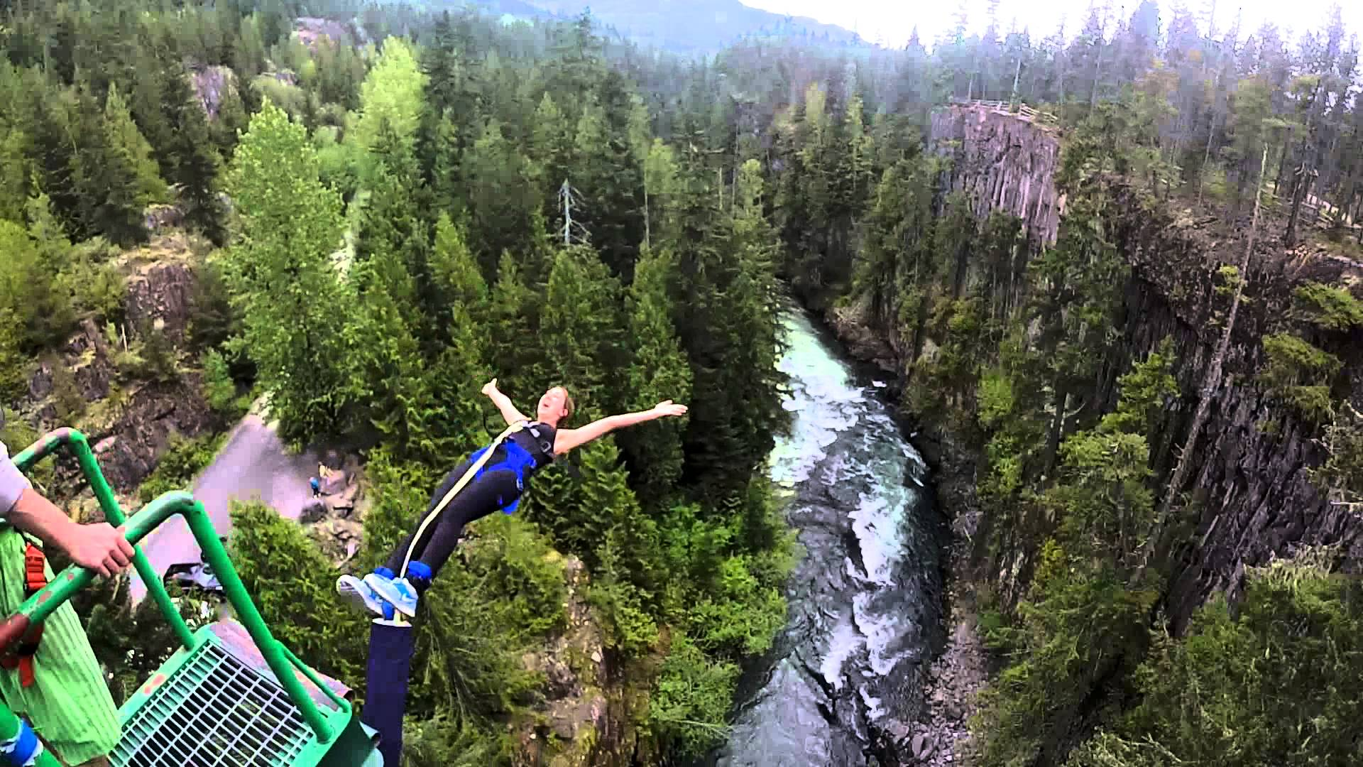 bungee jumping i experience i adventure i whistler, canada