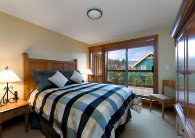 bq-queen-bedroom