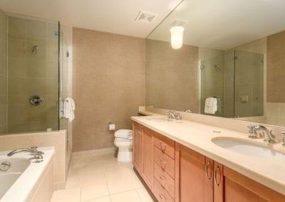 4872_bathroom1